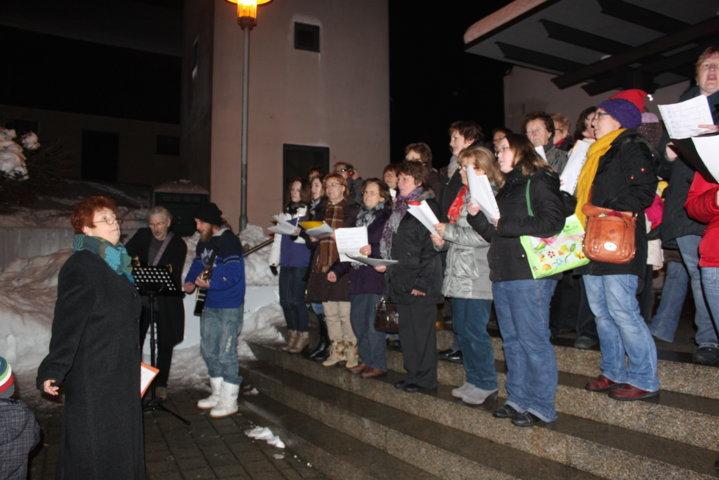 2012-christkindlfest-am-kirchplatz-18