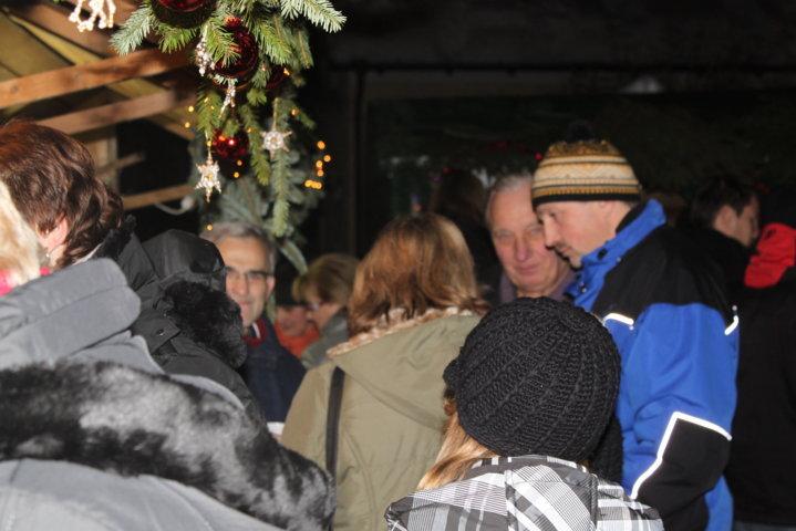 2012-christkindlfest-am-kirchplatz-28