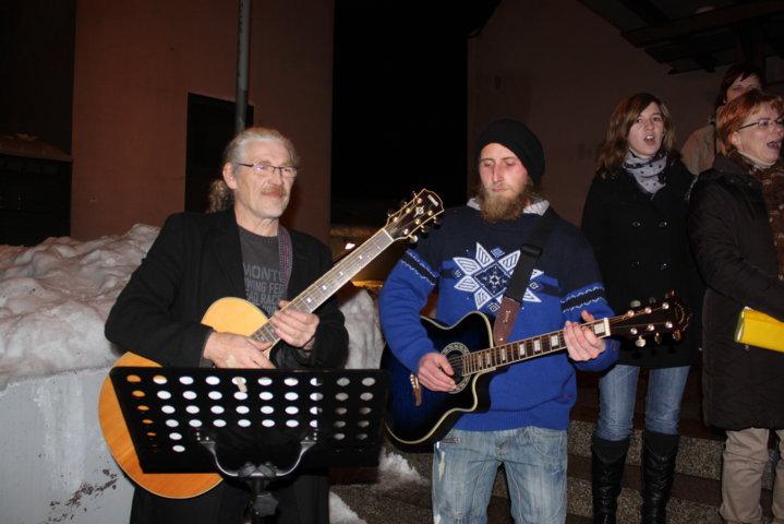 2012-christkindlfest-am-kirchplatz-35