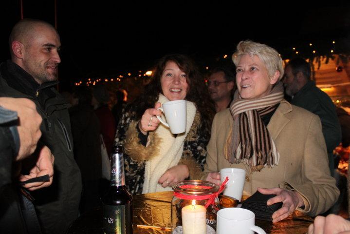 2012-christkindlfest-am-kirchplatz-39