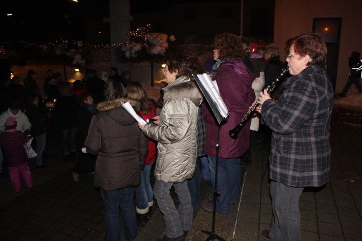 2012-christkindlfest-am-kirchplatz-46