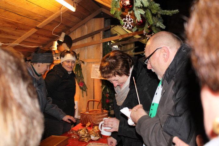 2012-christkindlfest-am-kirchplatz-5