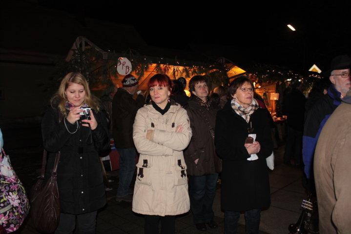 2012-christkindlfest-am-kirchplatz-62