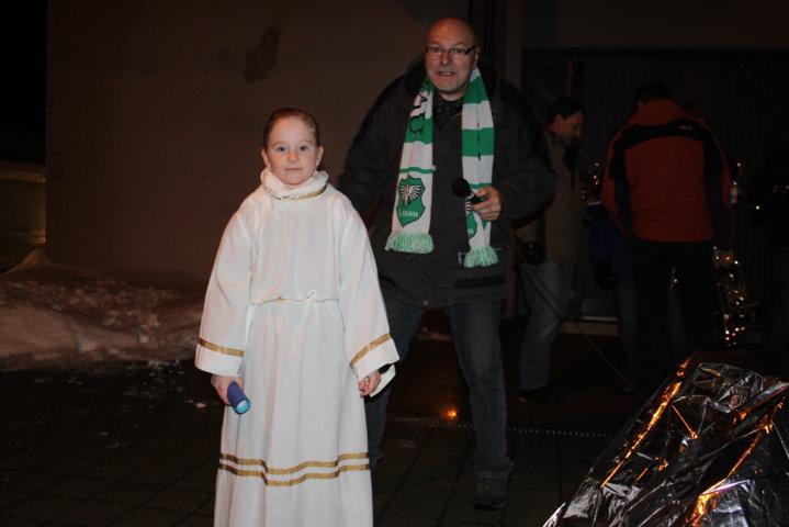 2012-christkindlfest-am-kirchplatz-71