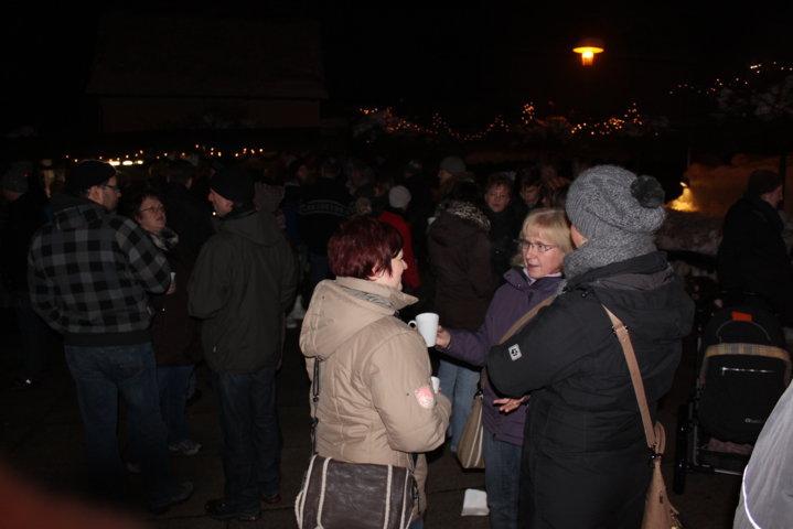 2012-christkindlfest-am-kirchplatz-78
