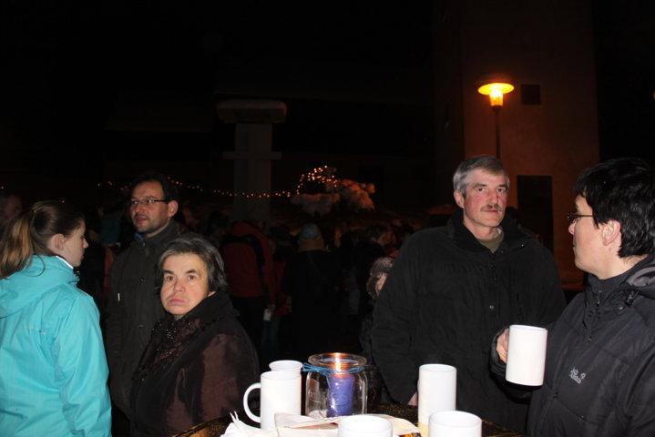 2012-christkindlfest-am-kirchplatz-82