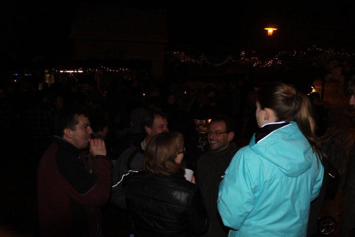 2012-christkindlfest-am-kirchplatz-85